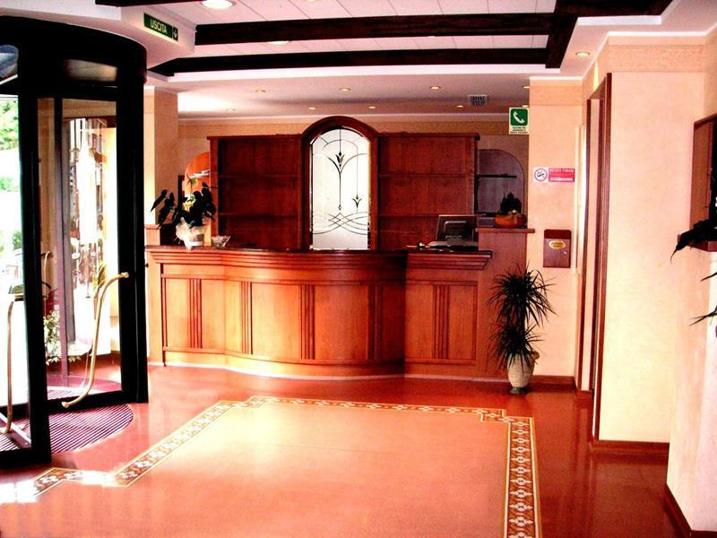 Reception Hotel
